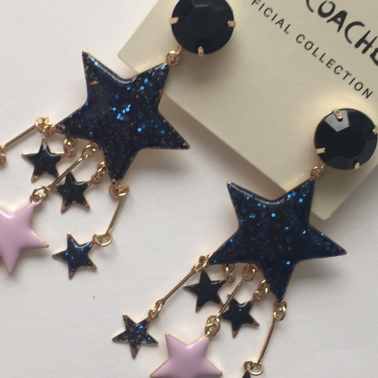 H&m coachella star earring Always a Blue Sky Girl fashion blog BlueSkyGirl Sarah Gorlov