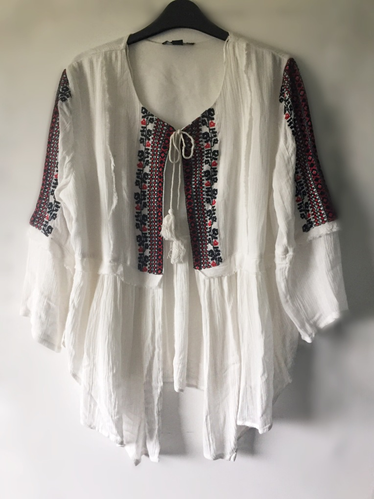 ... and its is perfect as a summer cover up either over swimwear on the  beach or with a white vest 9d8e68a74