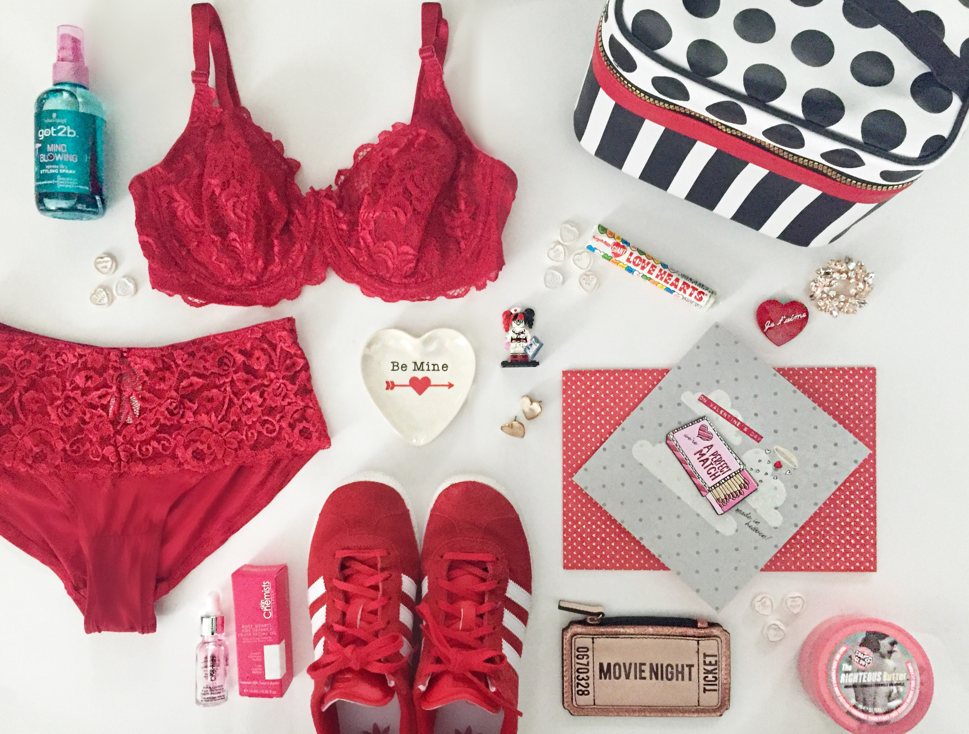 Valentines day flat lay by blueskygirlie aka Always a Blue Sky Girl fashion style blog blogger