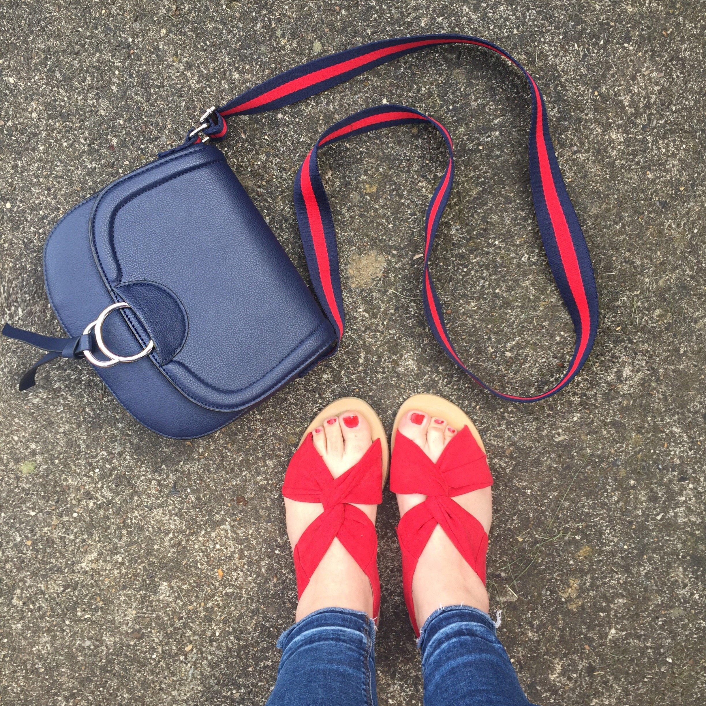 Primark saddle bag and red sandals Sarah Gorlov blueskygirlie Always a Blue Sky Girl fashion blog blogger